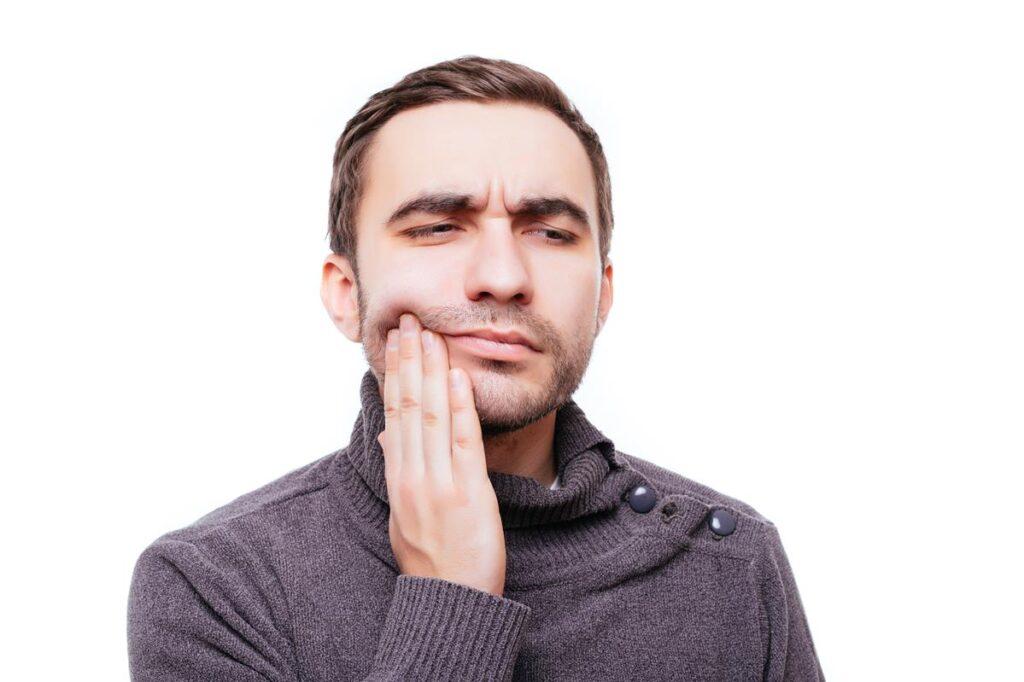 Afta a nyelven, afta az ínyen, afta az ajkakon - mindenütt kellemetlen, fájdalmas is lehet.