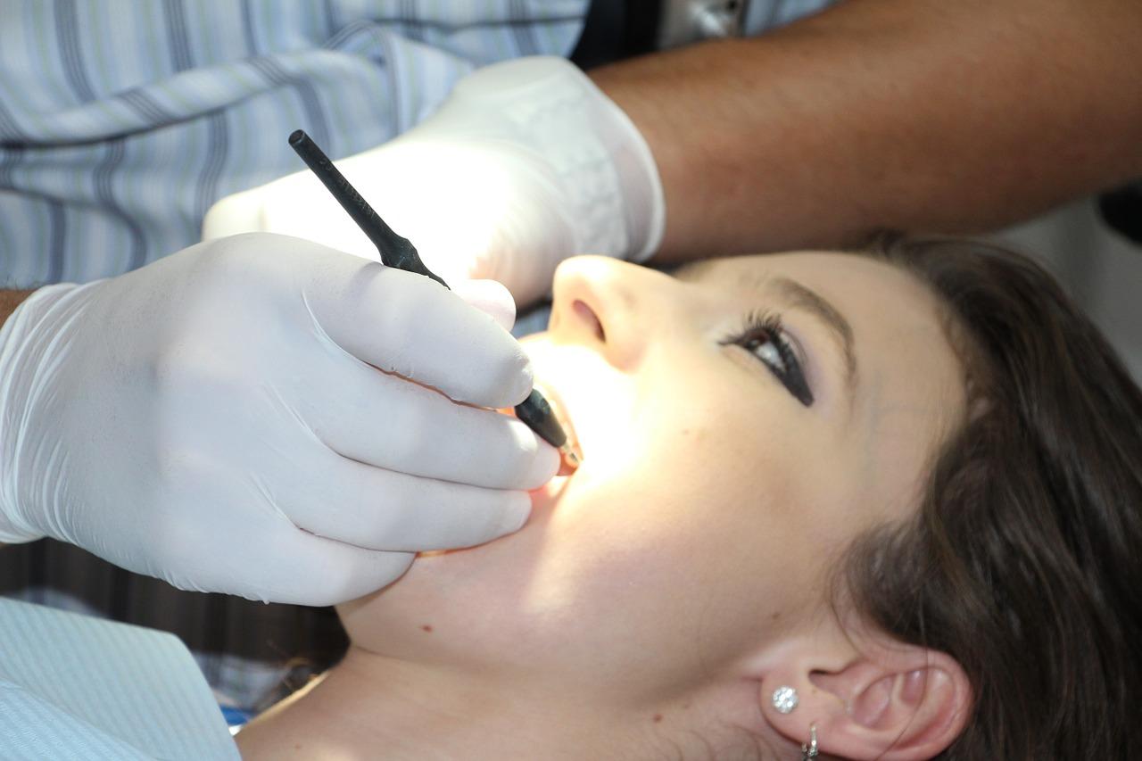 A fogtályog a foggyökér gyulladás nyomán keletkező gennyes góc.
