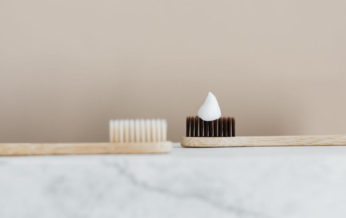 Parodontológia: a fogínysorvadás és a fogágybetegség hátterében