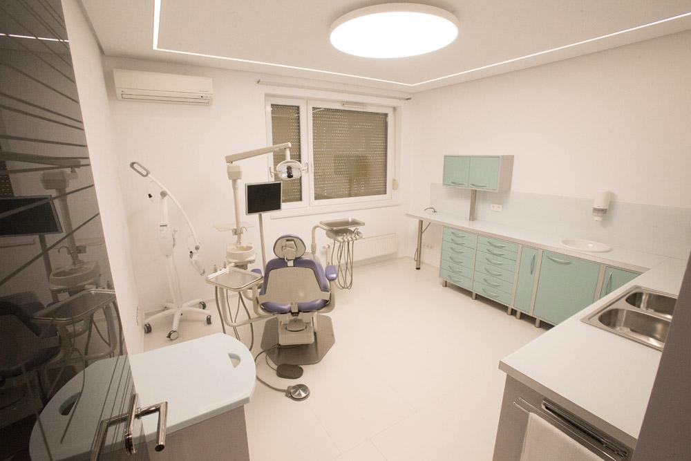 A tályog kezelése szakszerűen fogorvosi rendelőben lehetséges.